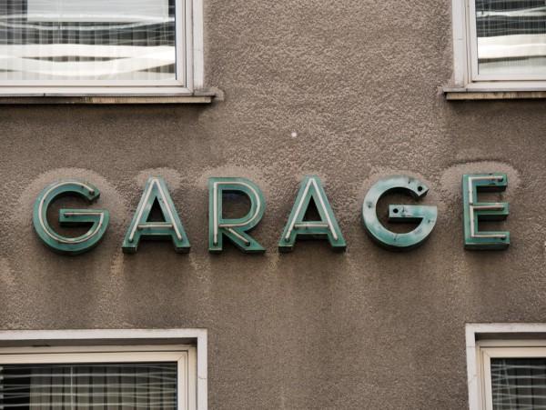 Mini Köln Garage auf MDF