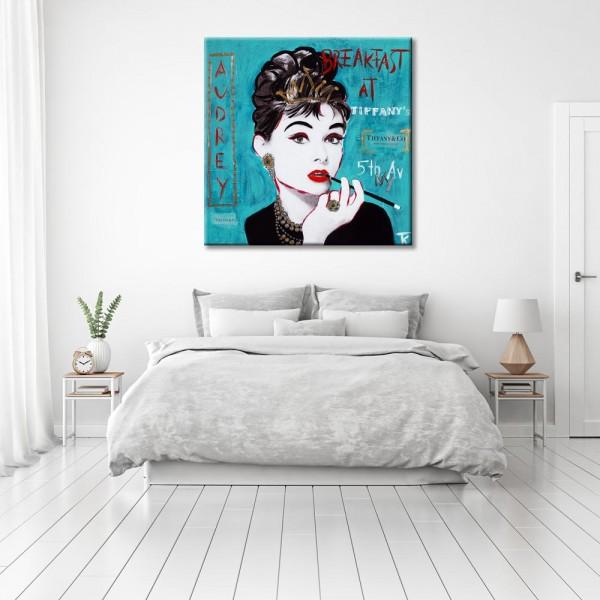 Kathrin Thiede Audrey Hepburn türkis Collage Bild auf Leinwand