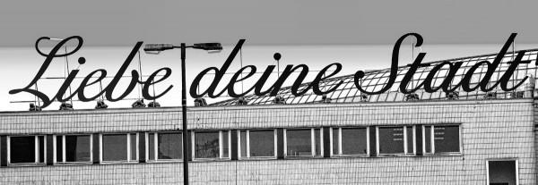 Mini Köln Liebe deine Stadt sw auf MDF