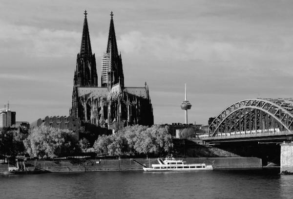 Mini Köln Rheinblick auf MDF
