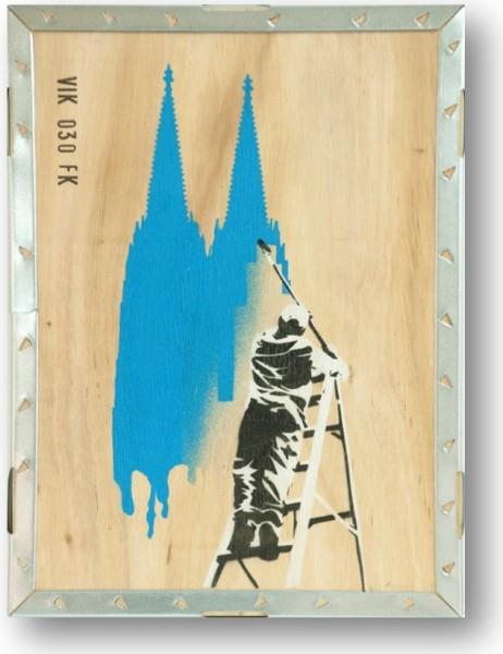 Schöner Wohnen in hellblau Unikat Graffiti auf Holz