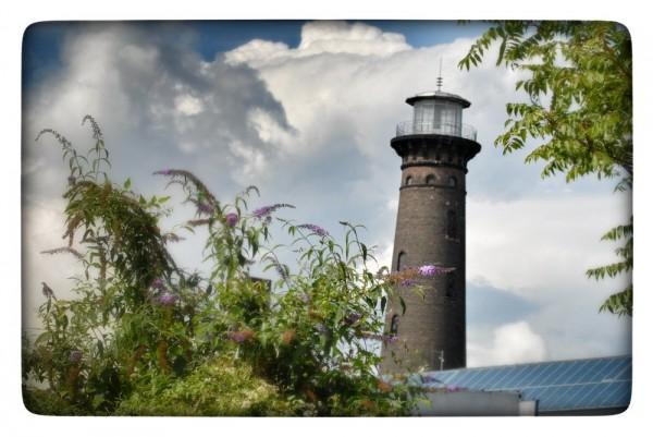 "Fotografie Joachim Rieger ""Leuchtturm"" auf Leinwand"