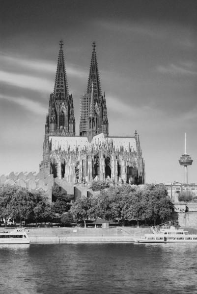 Mini Köln Dom auf MDF